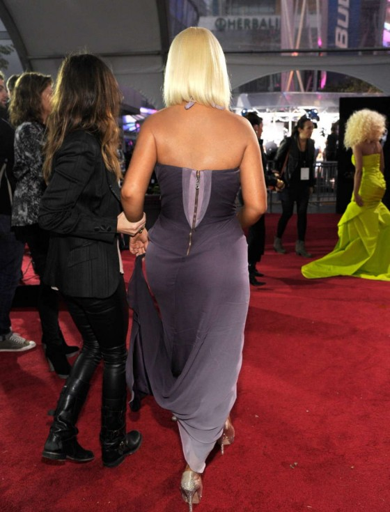 Christina Aguilera – AMA American Music Awards 2012 in Los Angeles