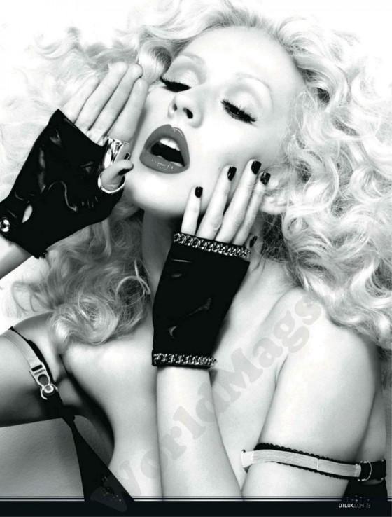 Christina Aguilera � DT Spain Magazine (April 2012)