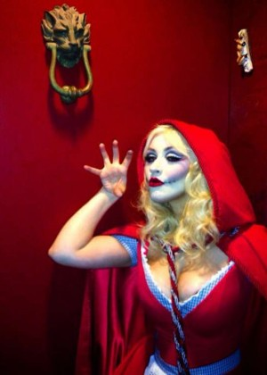 Christina Aguilera - Little Dead Riding Hood Halloween Costume 2014