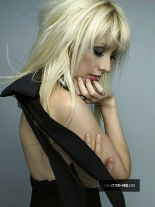 christina-aguilera-marie-claire-photoshoot-outtakes-2010-mq-02
