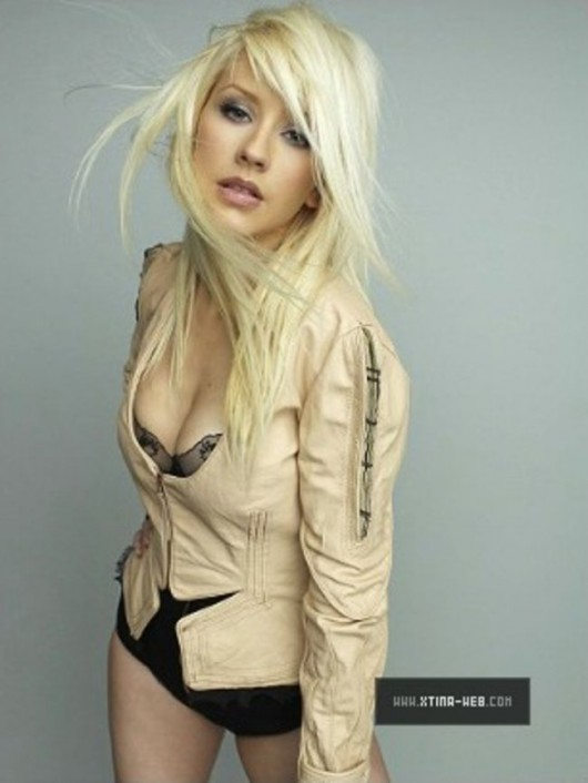 christina-aguilera-marie-claire-photoshoot-outtakes-2010-mq-07