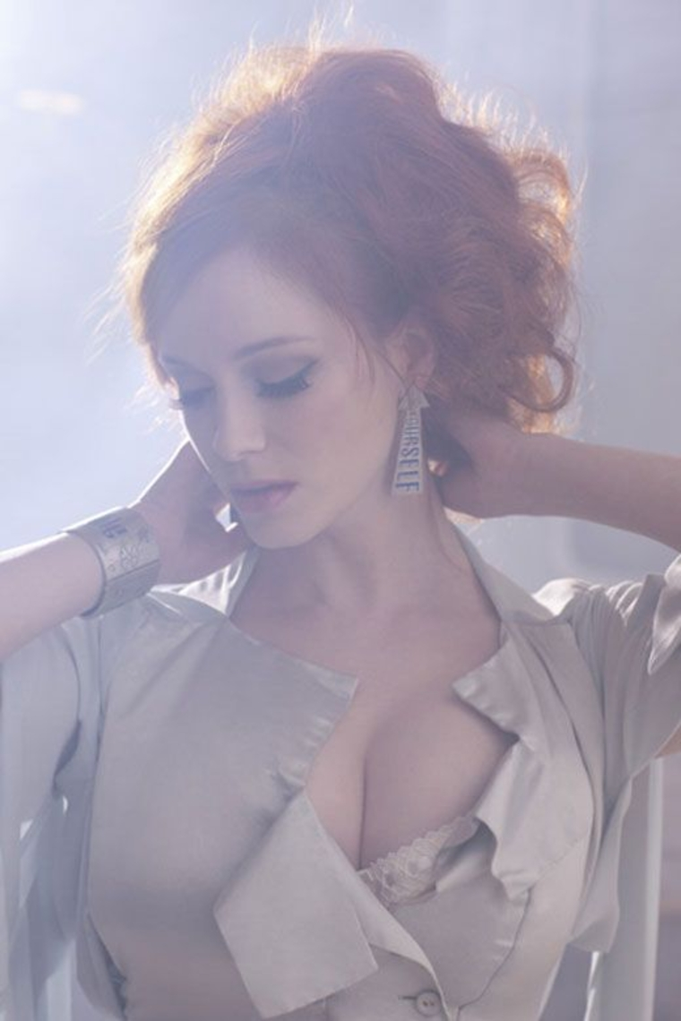 Christina Hendricks 2011 : christina-hendricks-photo-shoot-by-greg-williams-08