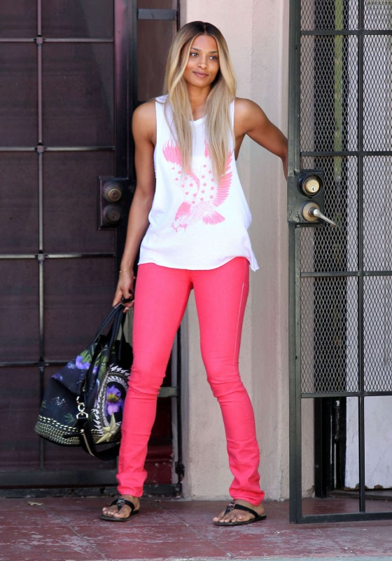 Ciara - Hot in tight jeans at Marie Nails Salon in West Hollywood