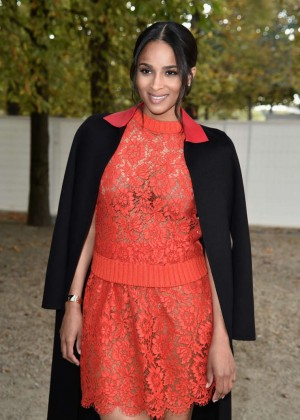Ciara - Valentino Fashion Show 2015 in Paris