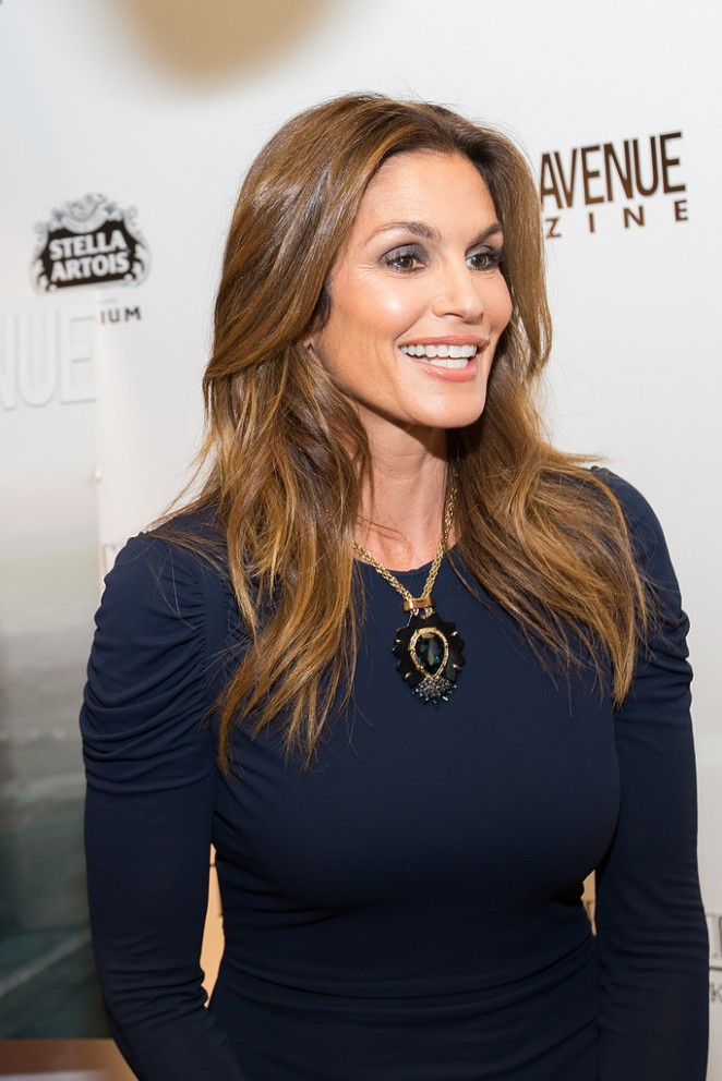 Cindy Crawford – Michigan Ave Magazine's Nov Issue Release Celebration in Chicago