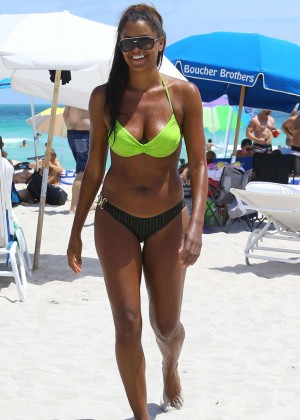 Claudia Jordan and Aisha Thalia Bikini Photos: 2014 in Miami -03