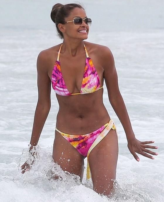Claudia Jordan in Bikini on the Beach in Miami
