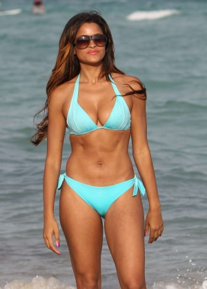 Claudia Jordan in Bikini on the Beach in Miami