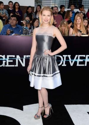 Claudia Lee: Divergent Premiere -01