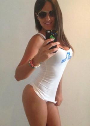 Claudia Romani - Selfie