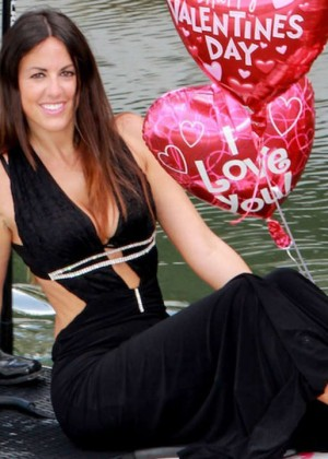 Claudia Romani Bikini Photos: Valentines PhotoShoot -10