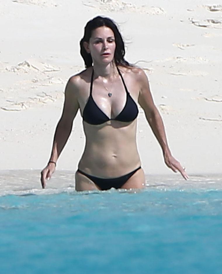 Courtney cox in a bikini