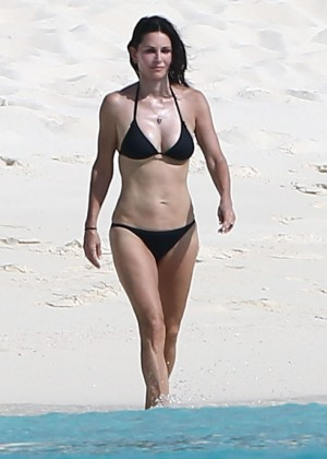 Courteney Cox bikini 2014  -03