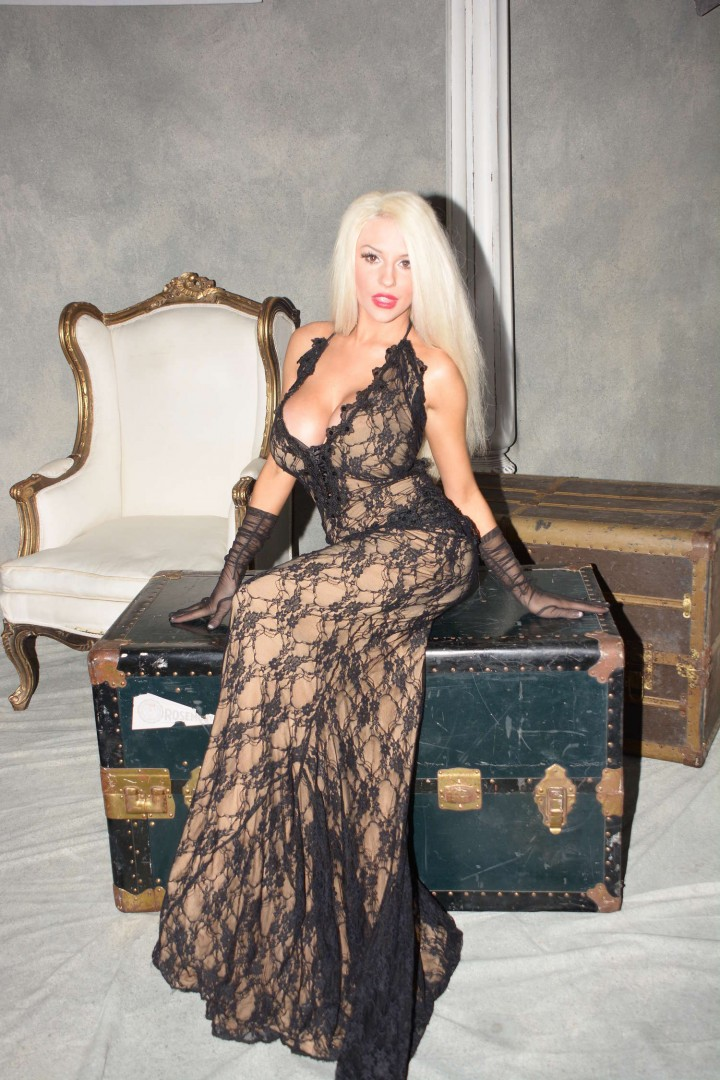 Courtney Stodden Style Fashion Show Party 2014 17 Gotceleb