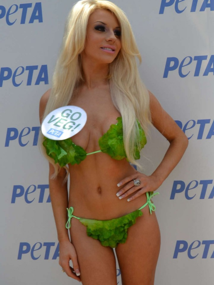 Courtney Stodden in Green Bikini -08