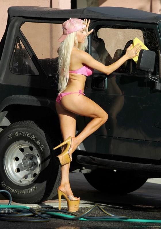 Car Wash Naked Video