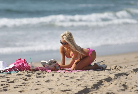 Courtney Stodden in Bikini In Malibu-07