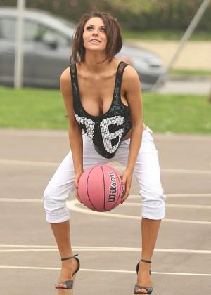Courtney Stodden: Wearing Black Bikini at a LA beach -04