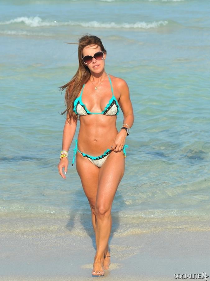 Cristina Fernandez Bikini - Bing images