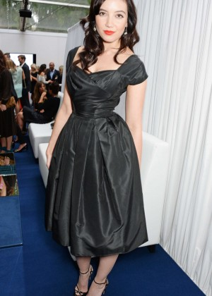 Daisy Lowe Wear Dress at 2014 Glamour Women of the Year -04