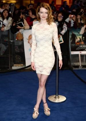 Dakota Blue Richards at Premiere Captain America: The Winter Soldier -01