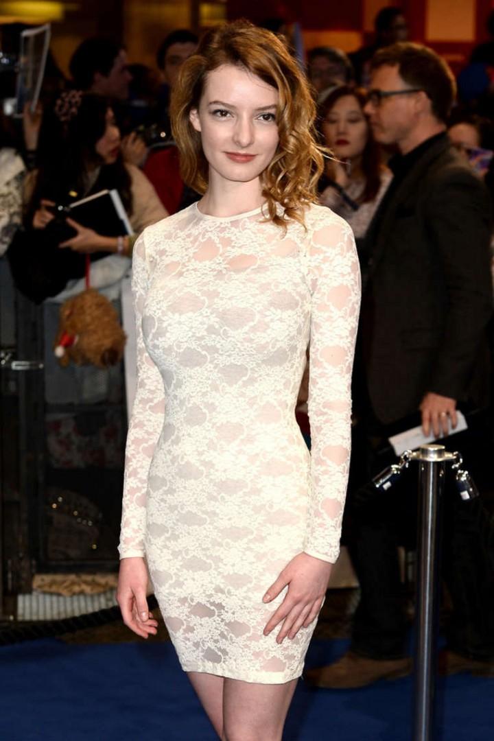 Dakota Blue Richards at Premiere Captain America: The Winter Soldier -04