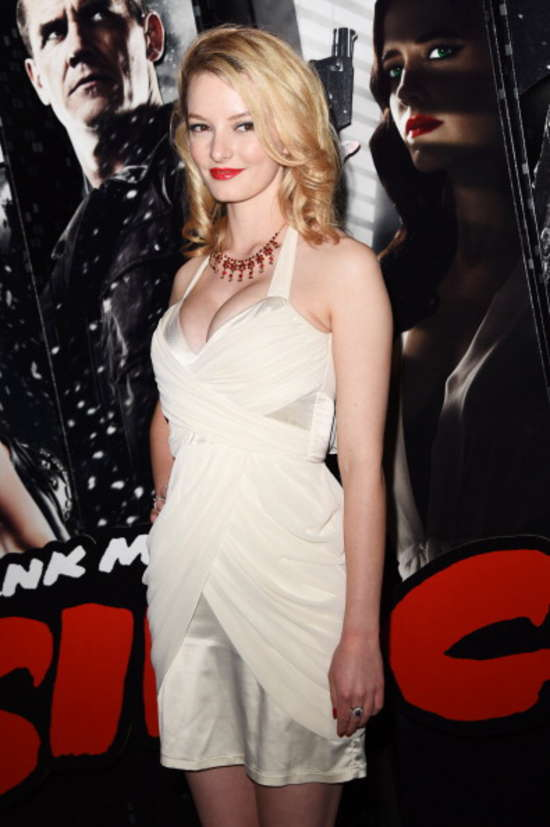 Dakota Blue Richards: Sin City 2 VIP Screening -04