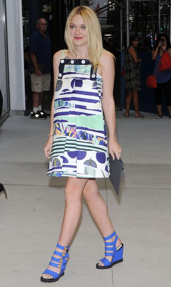 Dakota Fanning - 2nd Annual Fashion Media Awards in NY