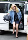 dakota-fanning-legs-on-the-set-of-very-good-girls-in-new-york-09