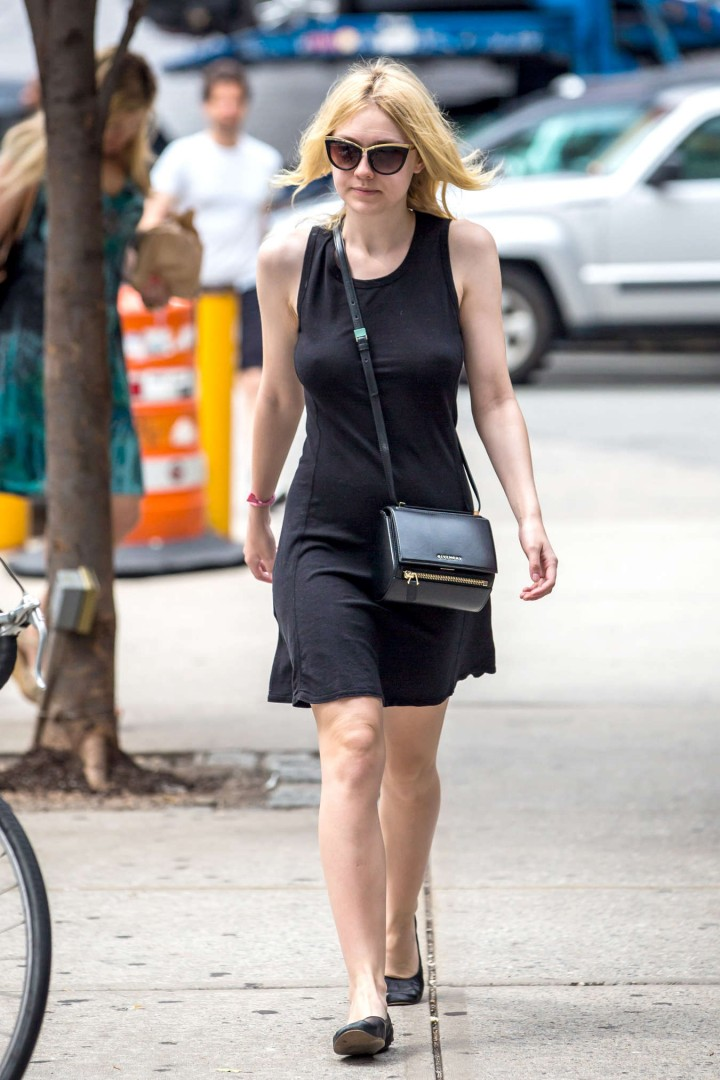 Dakota Fanning in dress-01