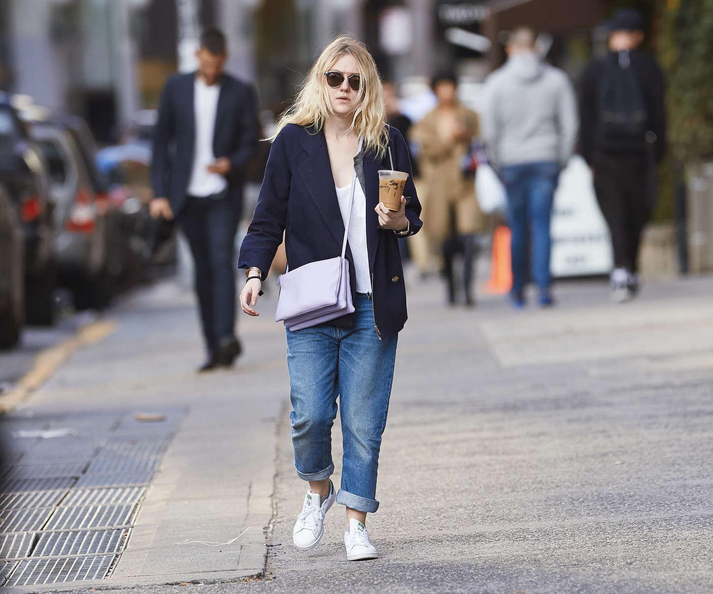 Dakota Fanning 2014 : Dakota Fanning in Jeans -04