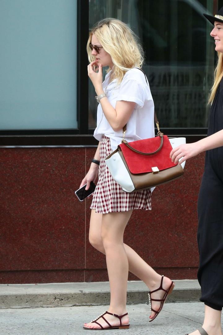 Dakota Fanning in Short Skirt -04