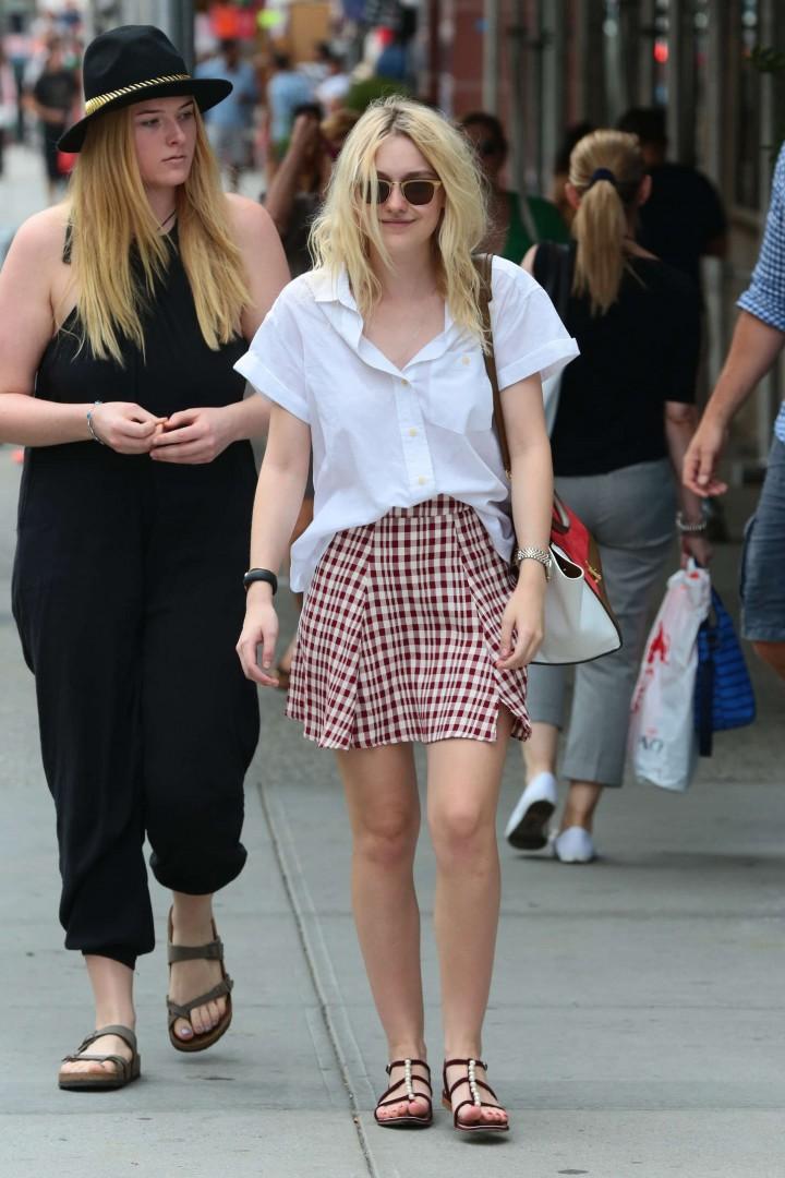 Dakota Fanning in Short Skirt -07