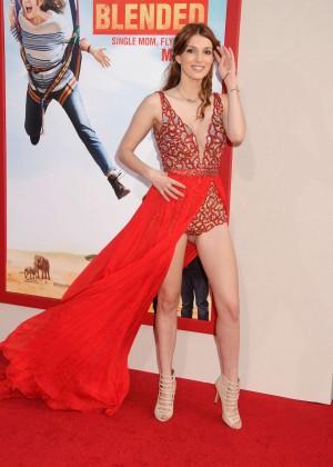 Dani Thorne: Blended Hollywood premiere -04