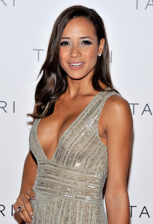 Dania Ramirez Cleavage nude 357