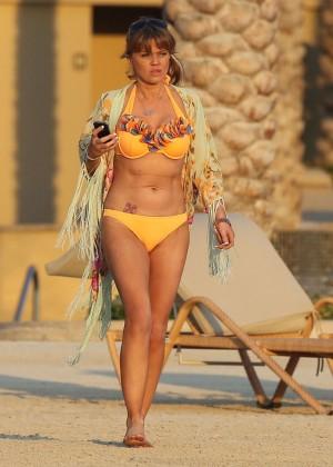 Daniella Westbrook: Wearing Bikini in Dubai 2014 -20
