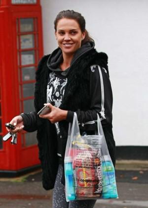 Danielle Lloyd in Tight Jeans -02