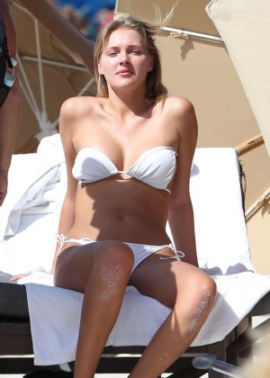 Deimante Guobyte White Bikini Photos: 2014 Miami -06