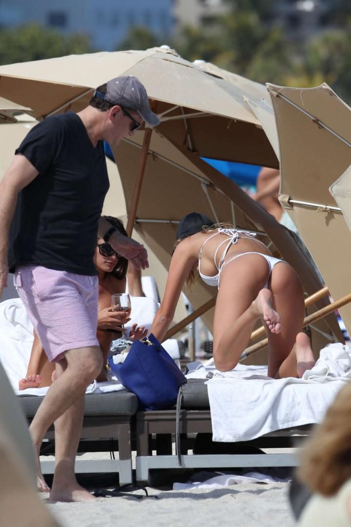 Deimante Guobyte White Bikini Photos: 2014 Miami -09