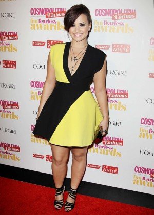 Demi Lovato Black and Yellow dress -05