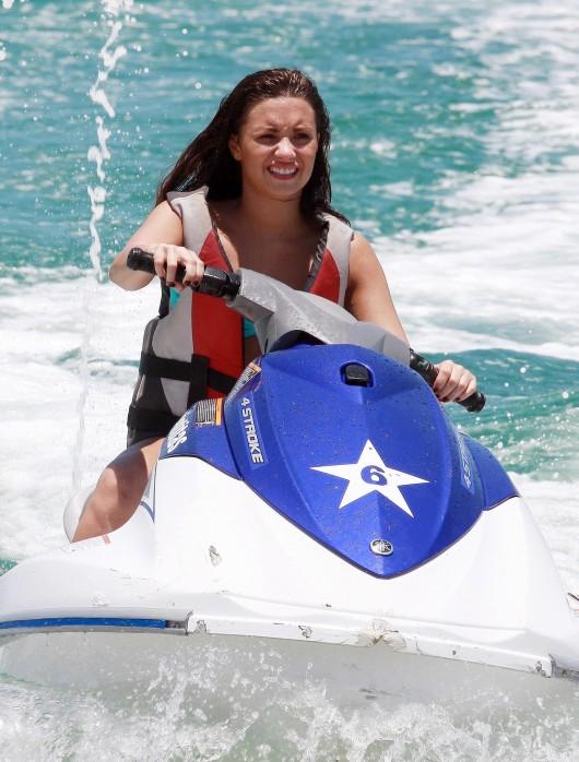 Demi Lovato – Jet skiing in bikini in Mexico
