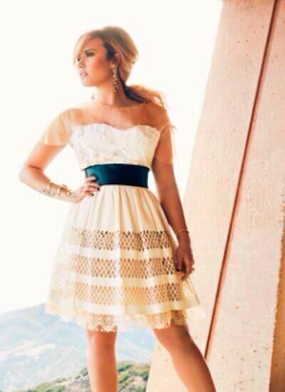 Demi Lovato: Latina Magazine -05