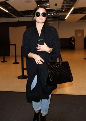 Demi Lovato Arriving at LAX airport in LA