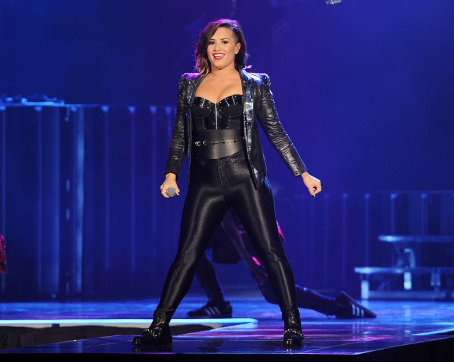 Demi Lovato: Neon Lights World Tour in Miami -07 - GotCeleb
