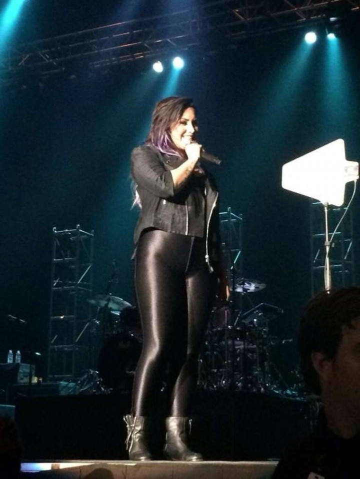Demi Lovato Performs Live at The Neon Lights Tour in Reno