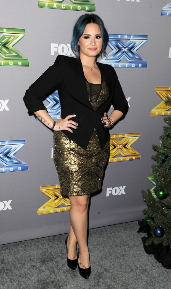 Demi Lovato: The X Factor Season Finale 2013 -01