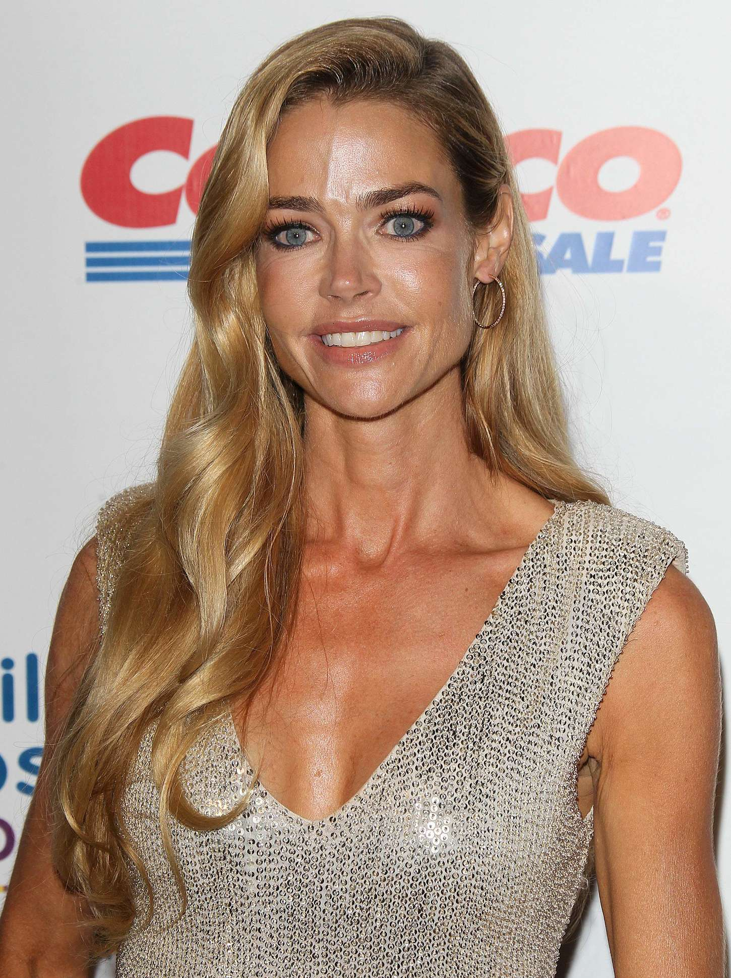 Denise richards the world is not enough - 2 2