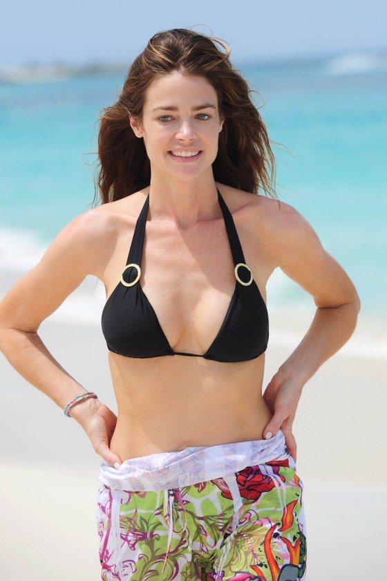 Denise Richards-05