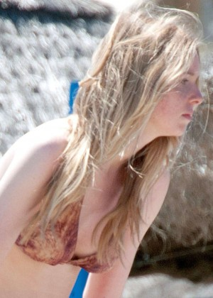 Diana Vickers Wearing Bikini -10