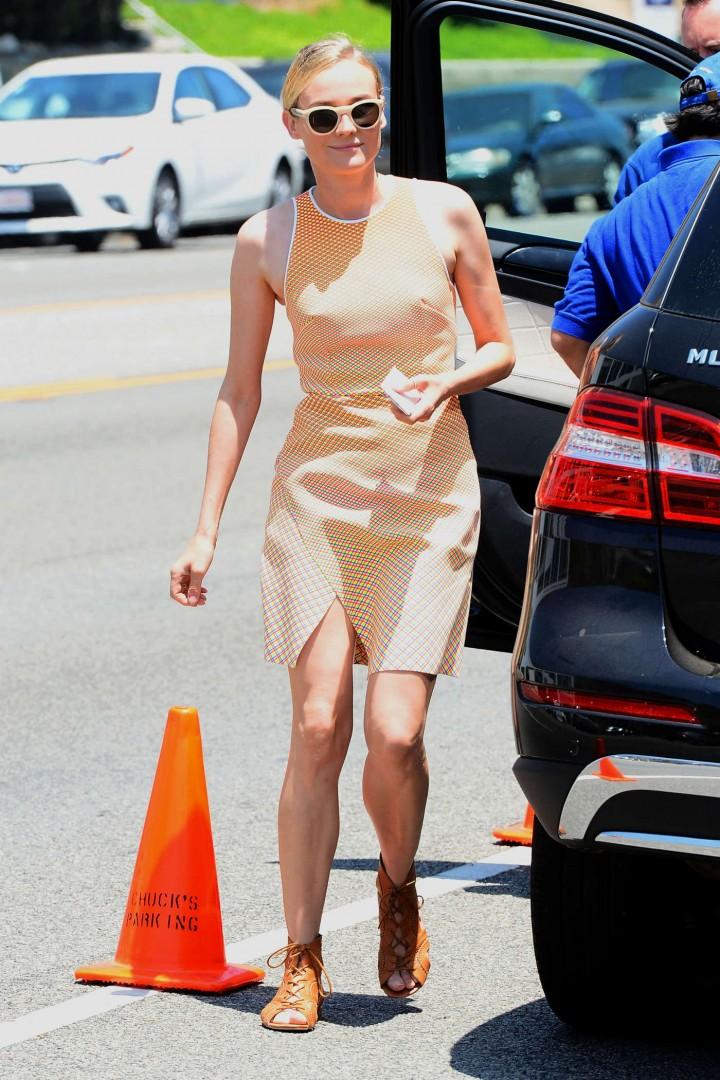 Diane Kruger in Short Dress -01